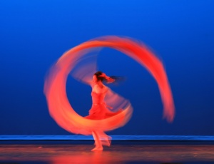 The Modern Chinese Dance in Quick Motion